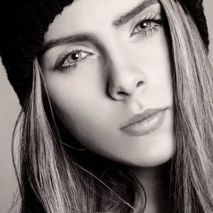 Olivia Herdt 3 of 5