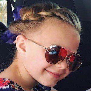 Olivia Hoellein 6 of 6