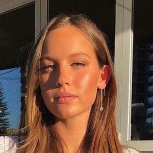 Olivia Mathers 2 of 6