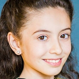 Olivia Presti 5 of 6
