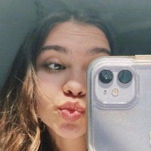 Olivia Somersille Headshot 8 of 10