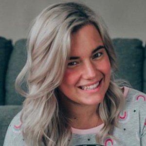 Olivia White 2 of 4