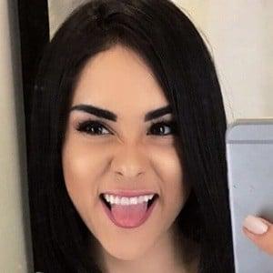 Ónice Flores 3 of 6