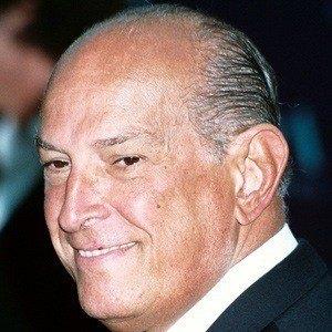 Óscar de la Renta 3 of 5