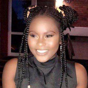 Oscarine Mbikulu Lunzamba 4 of 10