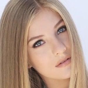 Paige Hyland 4 of 10