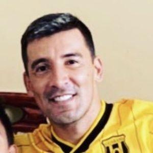 Pájaro Benítez Headshot 4 of 10