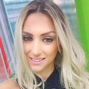 Paola López 4 of 5
