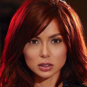 Paola Triana 3 of 5