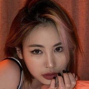 Park Ji-min 7 of 10