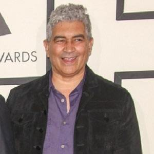 Pat Smear 2 of 5