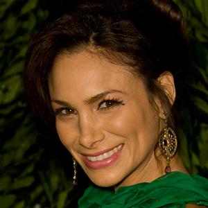Patricia de León 2 of 6
