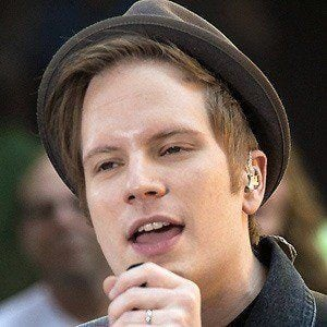 how to sing like patrick stump