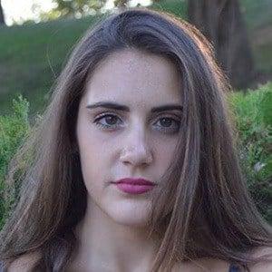 Paula Collantes Fuentes 4 of 5