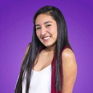 Paula Linares 5 of 6