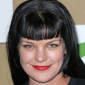 Pauley Perrette 4 of 8