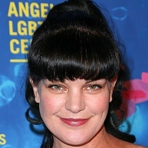 Pauley Perrette 6 of 8