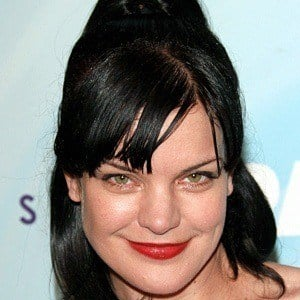 Pauley Perrette 7 of 8