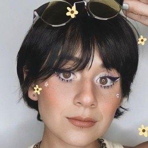 Paulina Melo Headshot 4 of 10