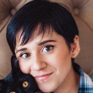 Paulina Melo Headshot 10 of 10
