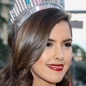 Paulina Vega 3 of 3