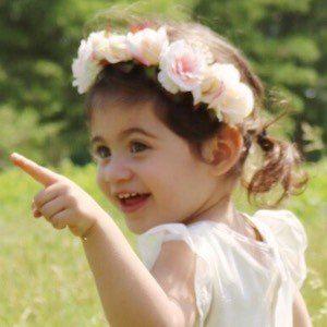 Penelope Juliette 4 of 6