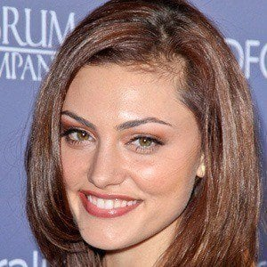 Phoebe Tonkin 5 of 10