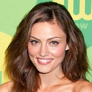 Phoebe Tonkin 8 of 10