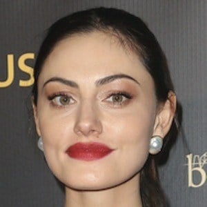 Phoebe Tonkin 9 of 10