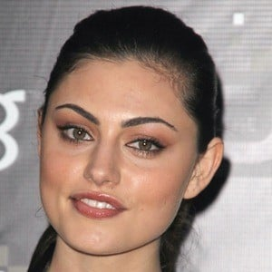 Phoebe Tonkin 10 of 10