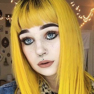 Phoenix Hayley Wadsworth 6 of 6