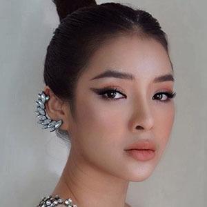 Phuong Trinh Jolie 5 of 5