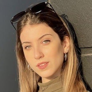 Pia Scarnato Headshot 10 of 10