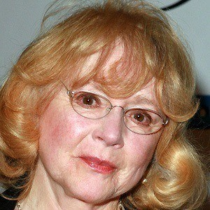 Piper Laurie 4 of 5