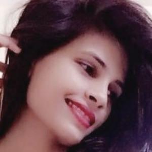 Piya Saini 4 of 10