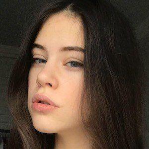 Polina Lans 3 of 4