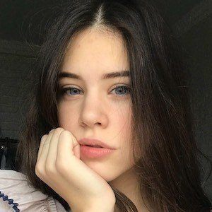 Polina Lans 4 of 4