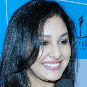 Pooja Chopra Headshot 3 of 4
