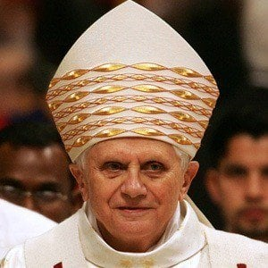 Papa Benedicto XVI 6 of 7
