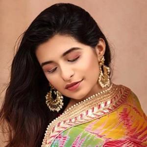 Prerna Mehra 2 of 6