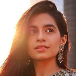 Prerna Mehra 3 of 6