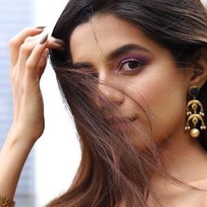 Prerna Mehra 4 of 6