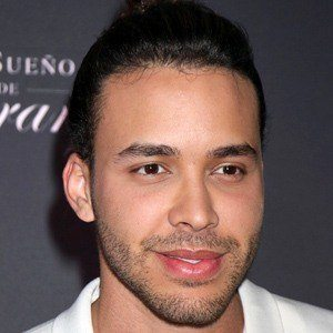 Prince Royce 6 of 8