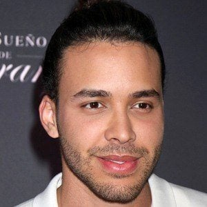 Prince Royce 6 of 10