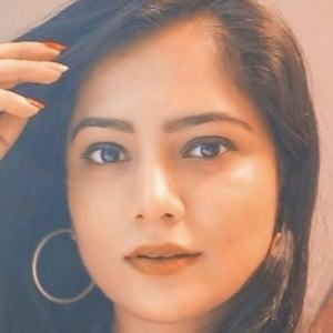 Priya Adivarekar 2 of 4