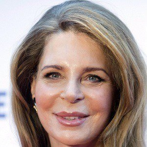 Queen Noor 2 of 4