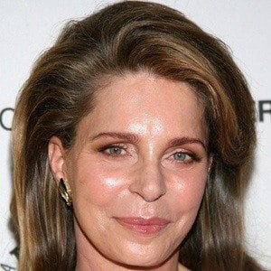 Queen Noor 3 of 4
