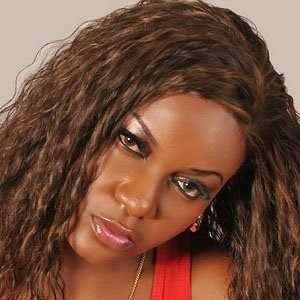 Queen Nwokoye 4 of 5