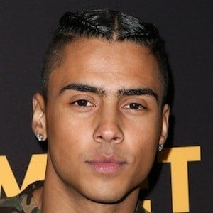 Quincy Brown 6 of 10