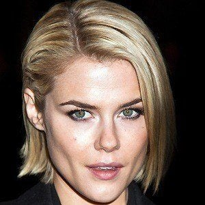 Rachael Taylor 2 of 5